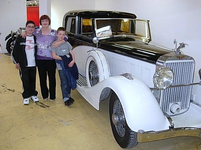 Une bien belle automobile Musée de Rochetaillé dans le rhône